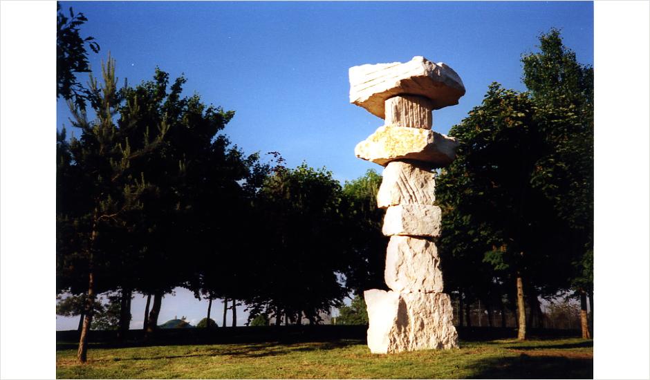 Spinney Cairn, 1998